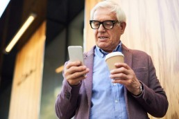 55+ users adopt mobile apps